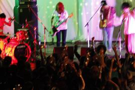 うちわとライブコンサート